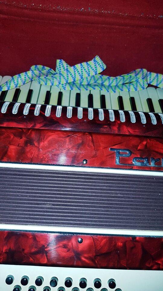 Knapharmonika, Parrot