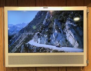 Bang-amp-Olufsen-V1-40-White-Ex-Display-with-Right-Hand-Wall-Bracket