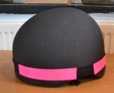 Intellective * Nuovo Di Zecca Rosa Hi Viz Riflettente Fluorescente Equitazione Casco Cappello Band- Ritardare La Senilità