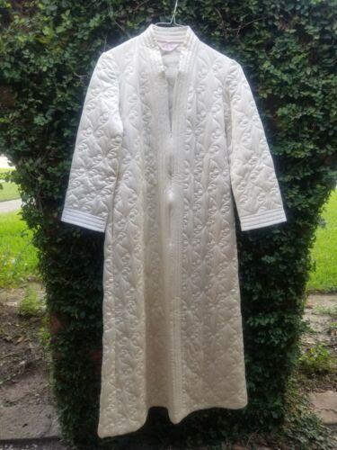 Vintage VANITY FAIR Quilted Housecoat M