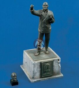 Verlinden 1/35 Statue of Russian Leader Vladimir Ilyich ...