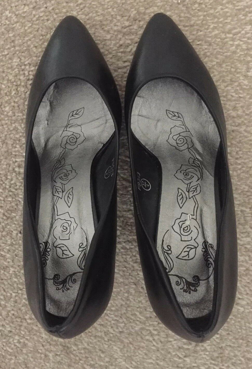 Gentlemen/Ladies Womens Black Leather Shoes Size 4 Good function design Low price Outstanding function Good ec8379