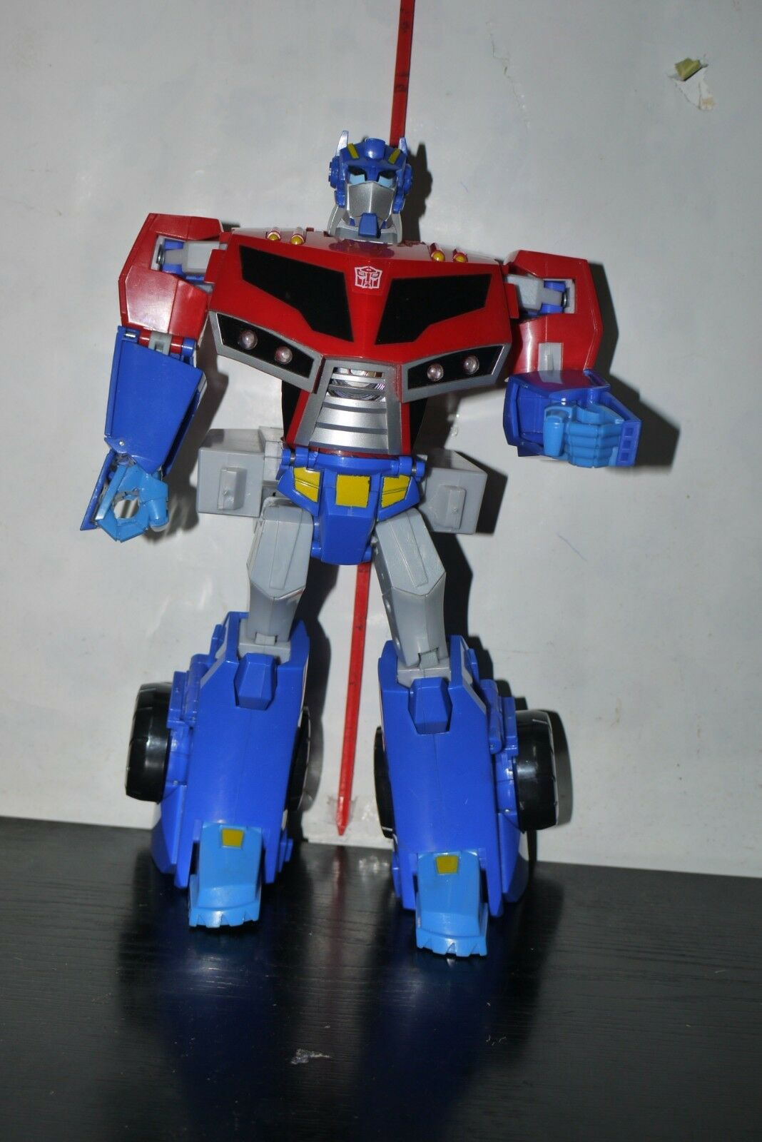 TRANSFORMERS ANIMATED OPTIMUS PRIME ROLL OUT COMMAND SUPREME FIGURE INCOMPLETE