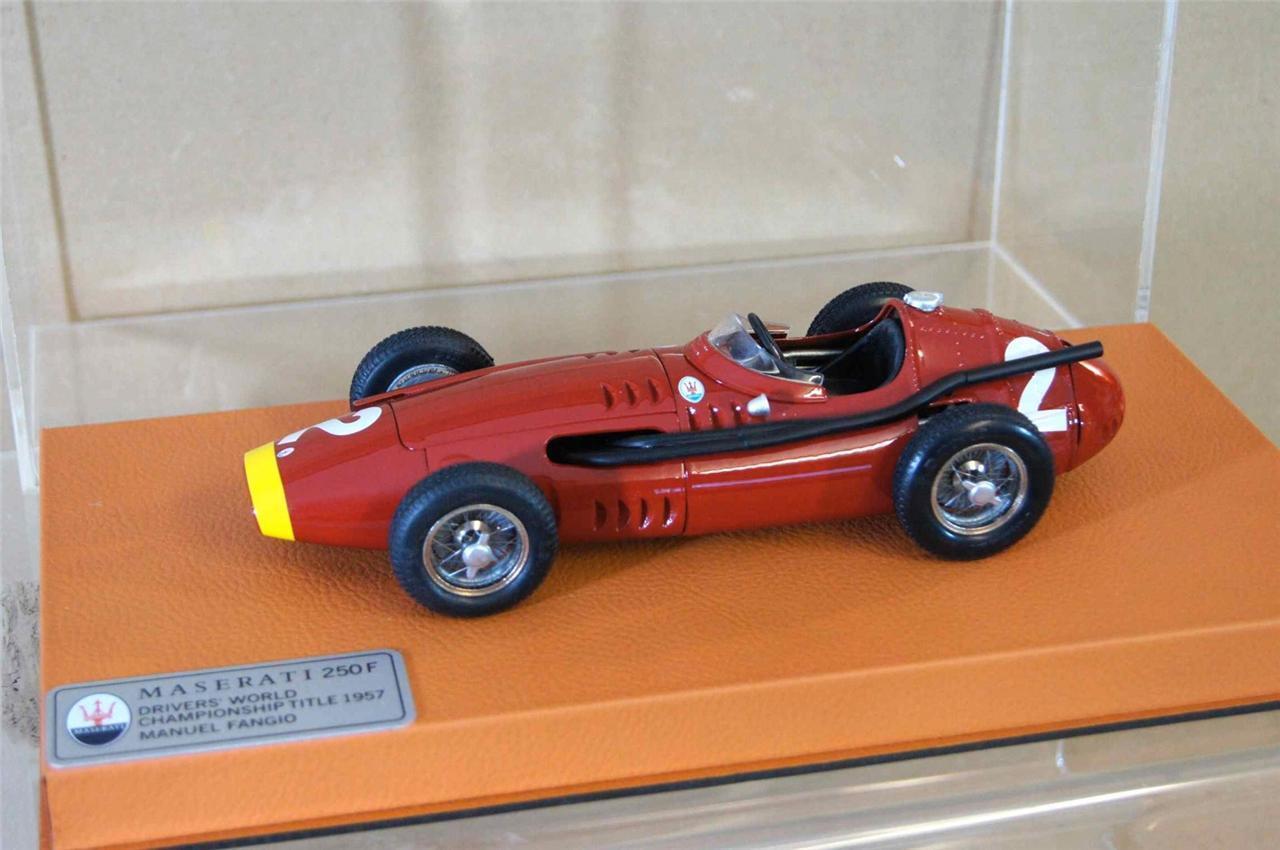 Progetto 18 BBR Models 1957 MASERATI 250F Formula 1 FANGIO AUTO N. 2 MINT OZ