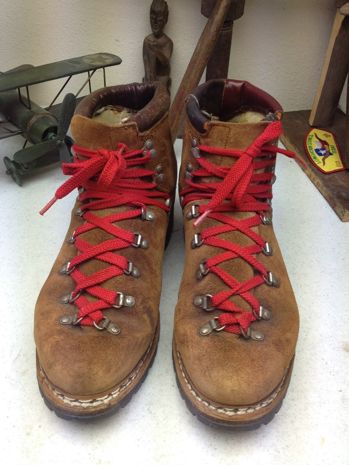DISTRESSED marrón MADE IN GERMANY MOUNTAINEER LACE UP ENGINEER BOSS botas 12.5 D
