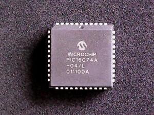 PIC16C74A-04-L-Microchip-Microcontroller-PLCC-44