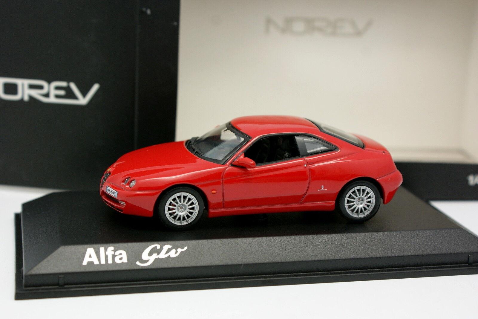 Norev 1 43 - Alfa Romeo Gtv 2003 red