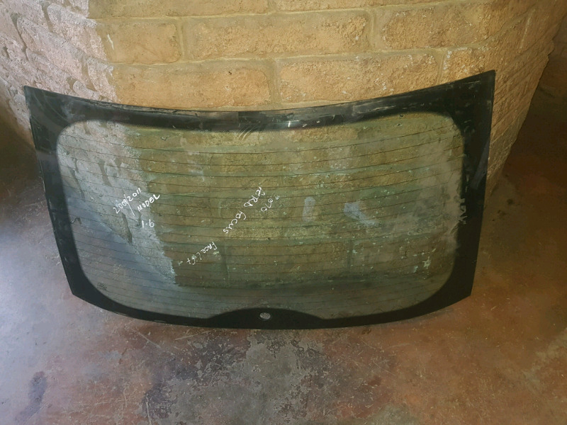 2009/2011 FORD FOCUS HATCHBACK TAIL GATE SCREEN FOR SALE