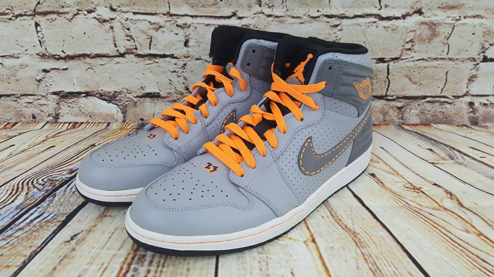 NIKE AIR JORDAN 1 RETRO 93 WOLF GREY-BRIGHT CITRUS