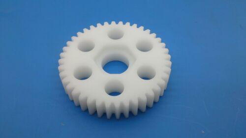 Lauterbacher Kunststoff-Zahnrad 40 Zähne passend auch für RS 5 Modelle