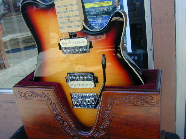 Cool Solid Wood Electric Guitar Stand w  Hand Engrave Art Surprise  FREE Gift