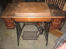 ANTIQUE 1911  RED EYE SINGER  SEWING MACHINE IN CABINET