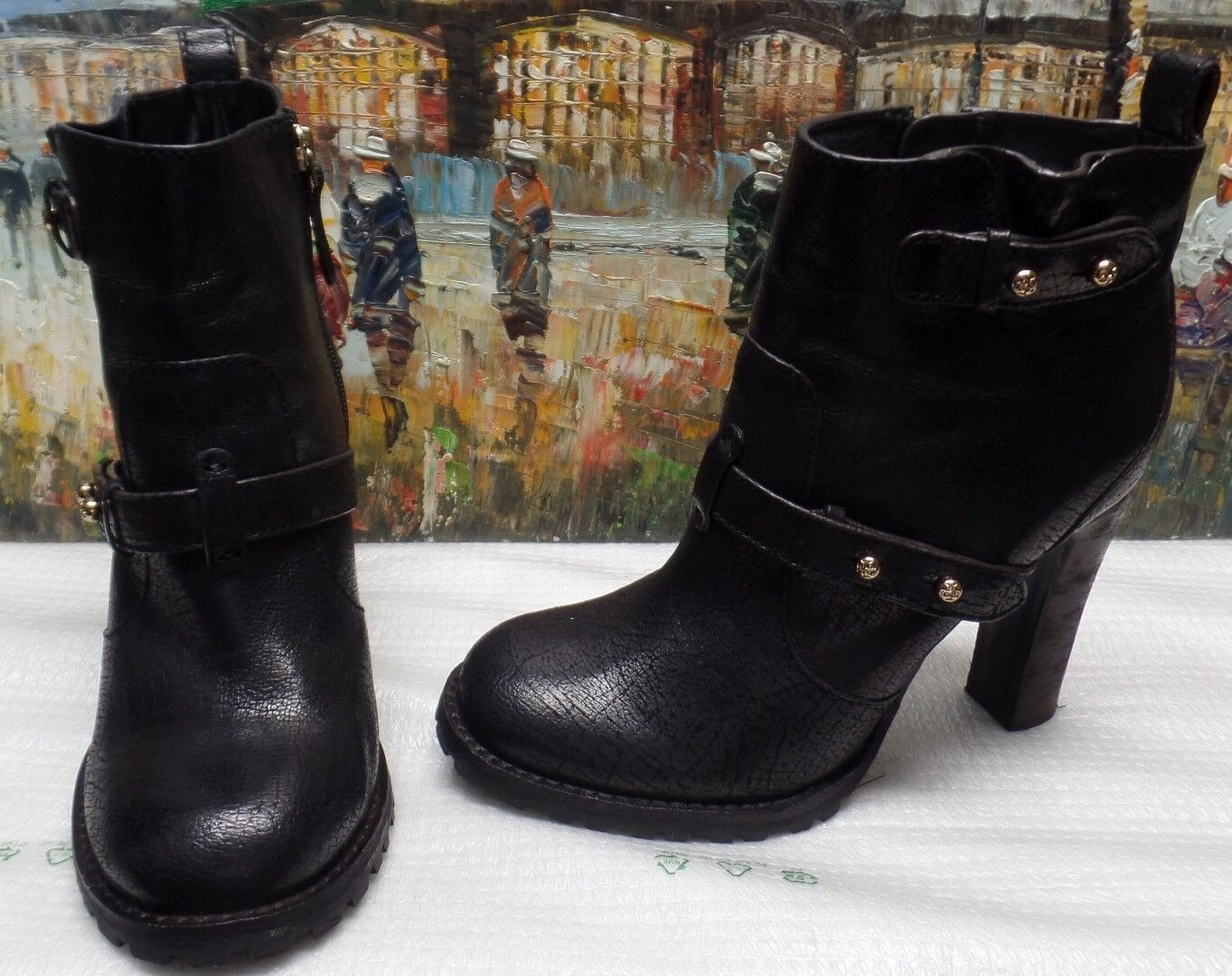 Tory Burch Landers Leather Bootie - Size 9.5M -  450