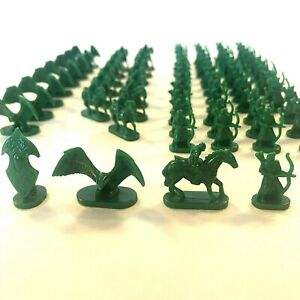 Risk-Lord-of-the-Rings-Trilogy-Edition-Game-Replacement-Parts-Pieces-Green-Army