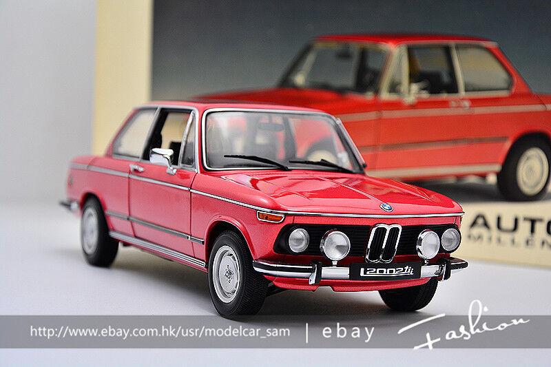 Autoart 1:18 BMW L2002 TII L 74 ' Red