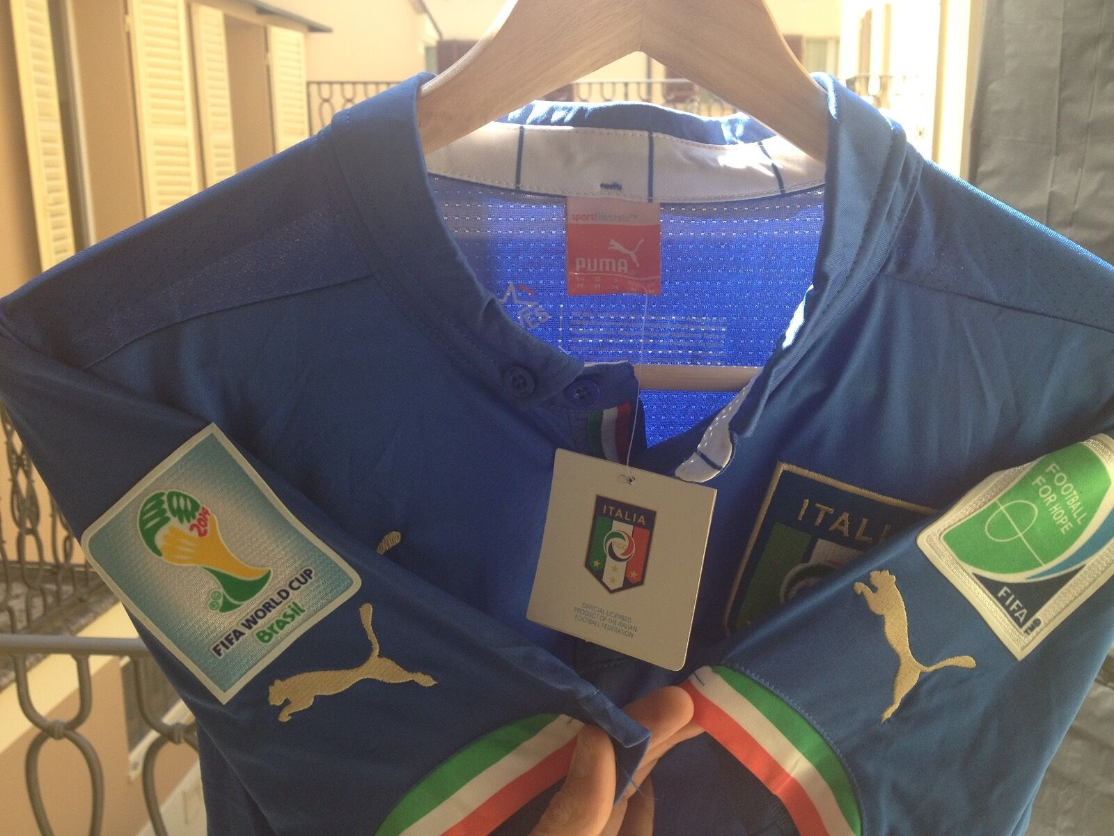 ITALY WORLD CUP 2014 WITH PATCH NO MATCH WORN ISSUED Dimensione MEDIUM