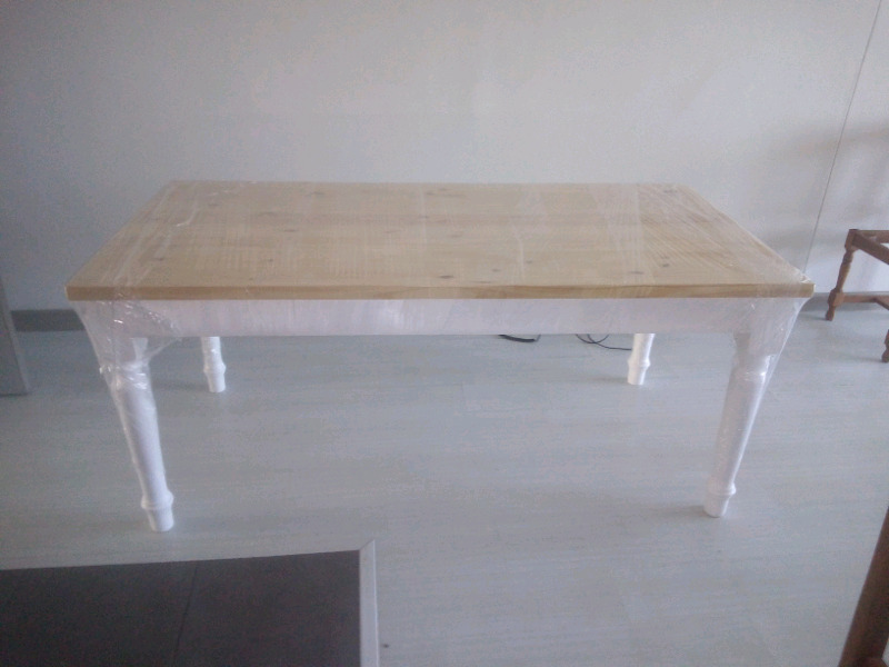 NEWLY QUALITY TABLE FOR CLEARANCE