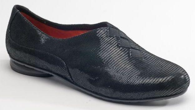 NIB  225 M MACCARI Bryce BLACK Viper Print SUEDE Flat shoes Womens 40 9.5 - 10 M
