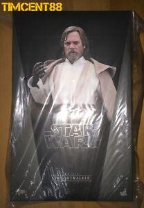 Ready-Hot-Toys-MMS390-Star-Wars-EP7-The-Force-Awakens-Luke-Skywalker-Mark-Hamill
