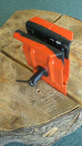 Chainsaw-Stump-Vise