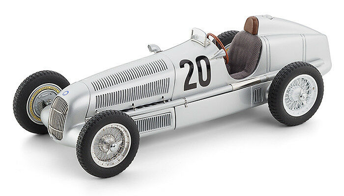 CMC M-103 Mercedes-Benz W25  20 Model Car