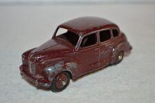 Dinky Toys 152 Austin Devon in good plus original condition