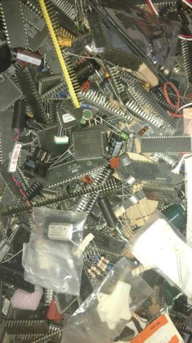 Over 8oz transistors and ot of mixed ICs Integrated Circuit Scrap Lot 1//2lb