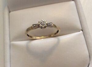 Lovely-Ladies-Full-Hallmarked-9-Carat-Gold-Diamond-Ring-Tiny-Diamond-Size-O