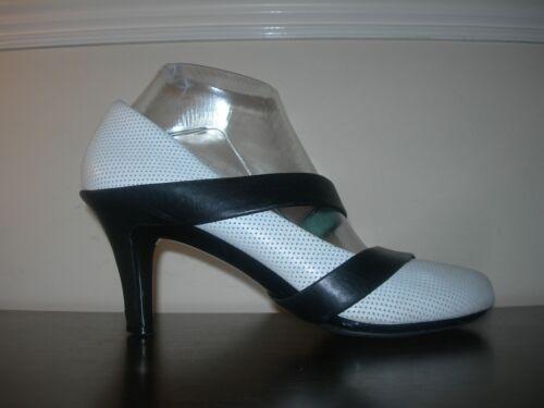 Blanc 39Uk Pelle United Mince Talons 6 Nude Chaussures Eu Unis crᄄᄄme Chaussures myOv80wNn