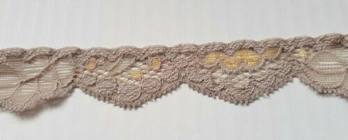 Beige Dorado ribete de encaje de corte recorte de 25 mm de longitud de 3//4 pulgadas de ancho Elige