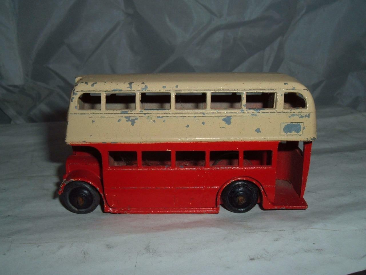 DINKY TOY C AEC Y TYPE FRONT GRILLE CUT AWAY WING IN ORIGINAL USED CONDITION