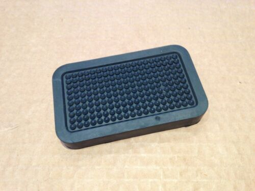 Dennis Javelin   Clutch Pedal Rubber 103313 NSN 2540-99-513-6170