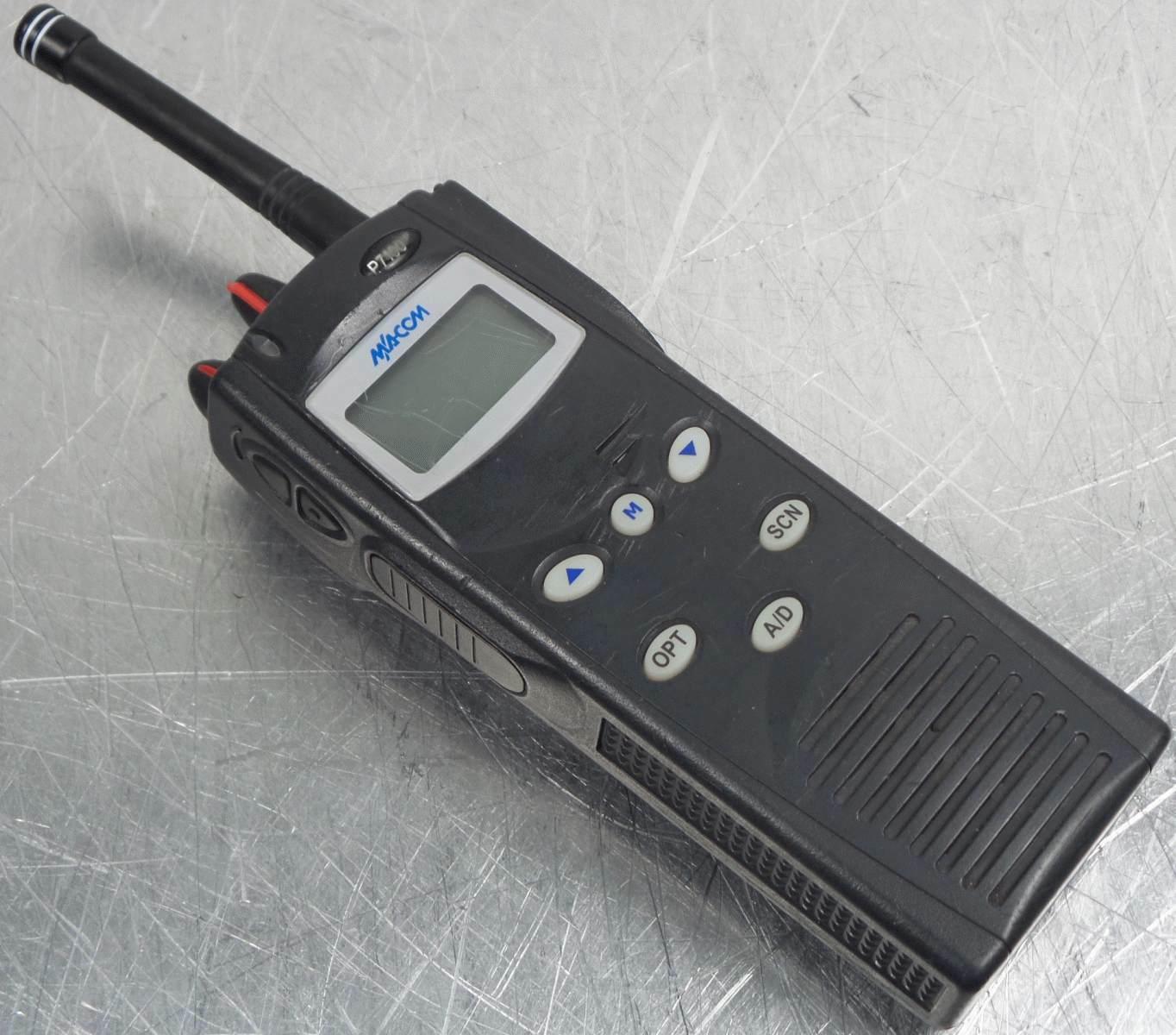 Ma-com Harris P7100 ip 2 way radio MACOMFCC ID: OWDTR-0016-E - no battery