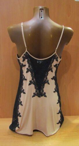 Nachthemd MARJOLAINE Modell Vorteil 95%Viskose Farbe nackt/schwarz Größe 40 à 46