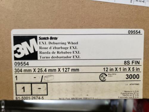 """Scotch-Brite Deburring Wheel 12/"""" X 1/"""" X 5/"""" 8S FIN 3M"""