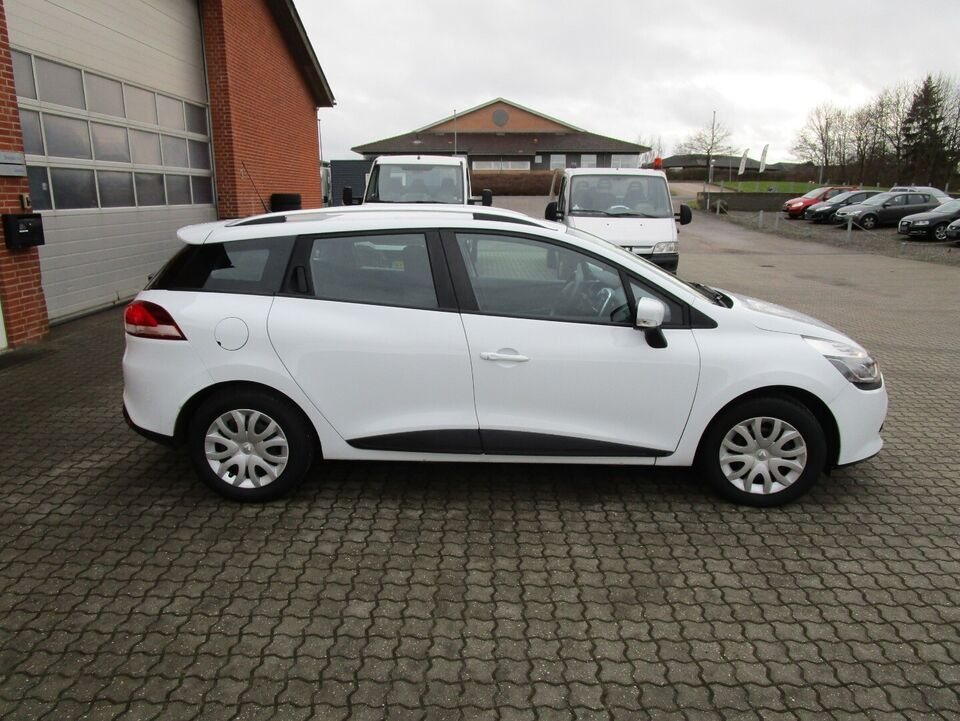 Renault Clio IV 1,5 dCi 75 Authentique Sport Tourer Diesel