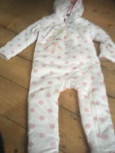 Waitrose Pram Suit 12-18 Months 100% Responsibly Grown Cotton 1/2 Rrp Baby & Toddler Clothing