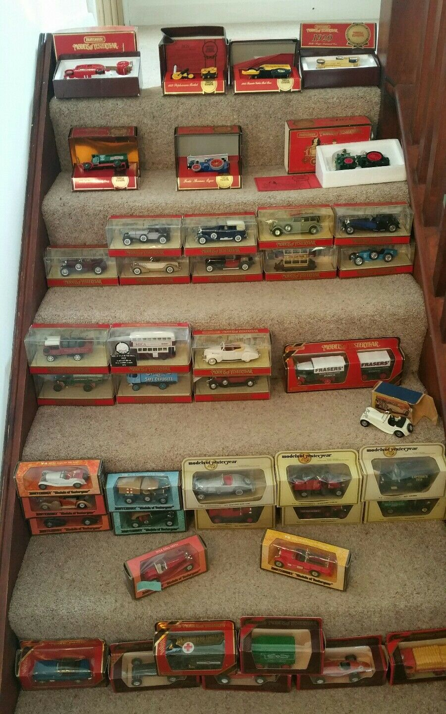 44 Matchbox models of yesteryear in their original box. Job lot