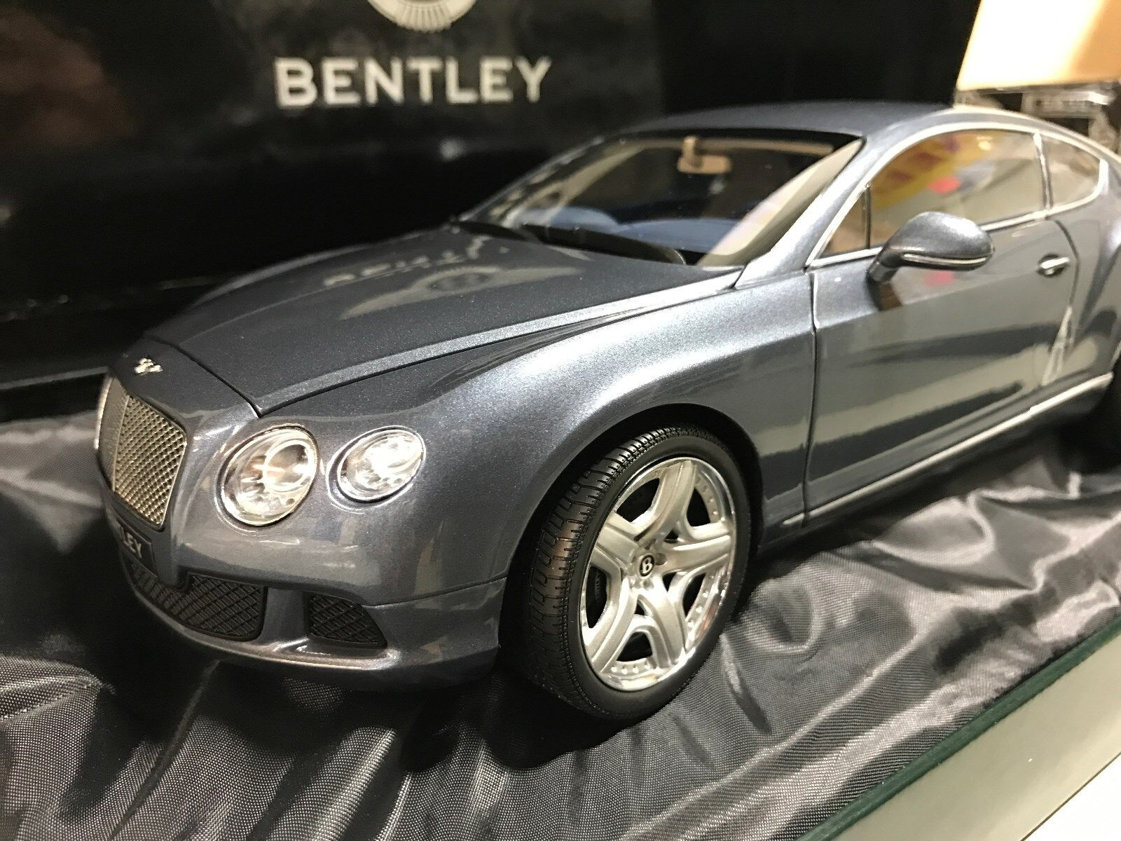 1:18 Scale Bentley Continental GT Model  BL835