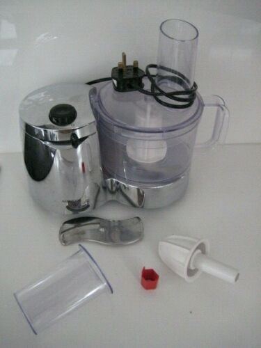 KENWOOD FP110 FOOD PROCESSOR WITH ACCESSORIES JUICER FULLY WORKING HARDLY USED