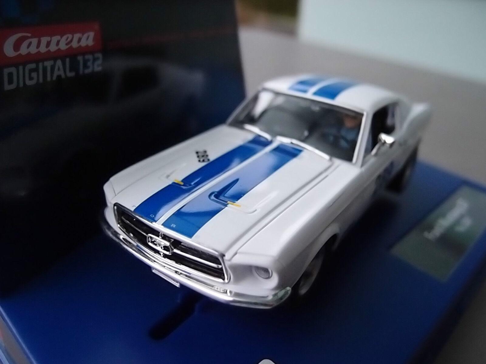 Carrera Digital 132 30669 Ford Mustang Gt 1967 Light USA