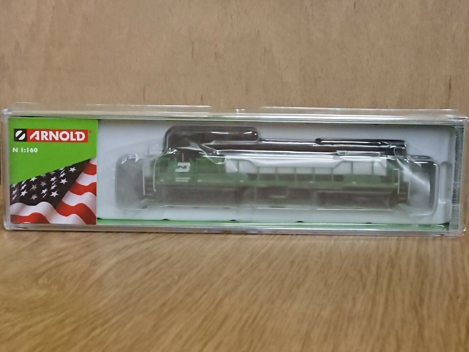 Hornby Arnold HN2315 N gauge Diesel Electric Loco GE U28C Burlington N. No. 5656