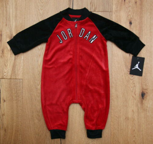 Black /& White ~ Air Jordan Baby Boy Super Soft Velour Coverall ~ Red