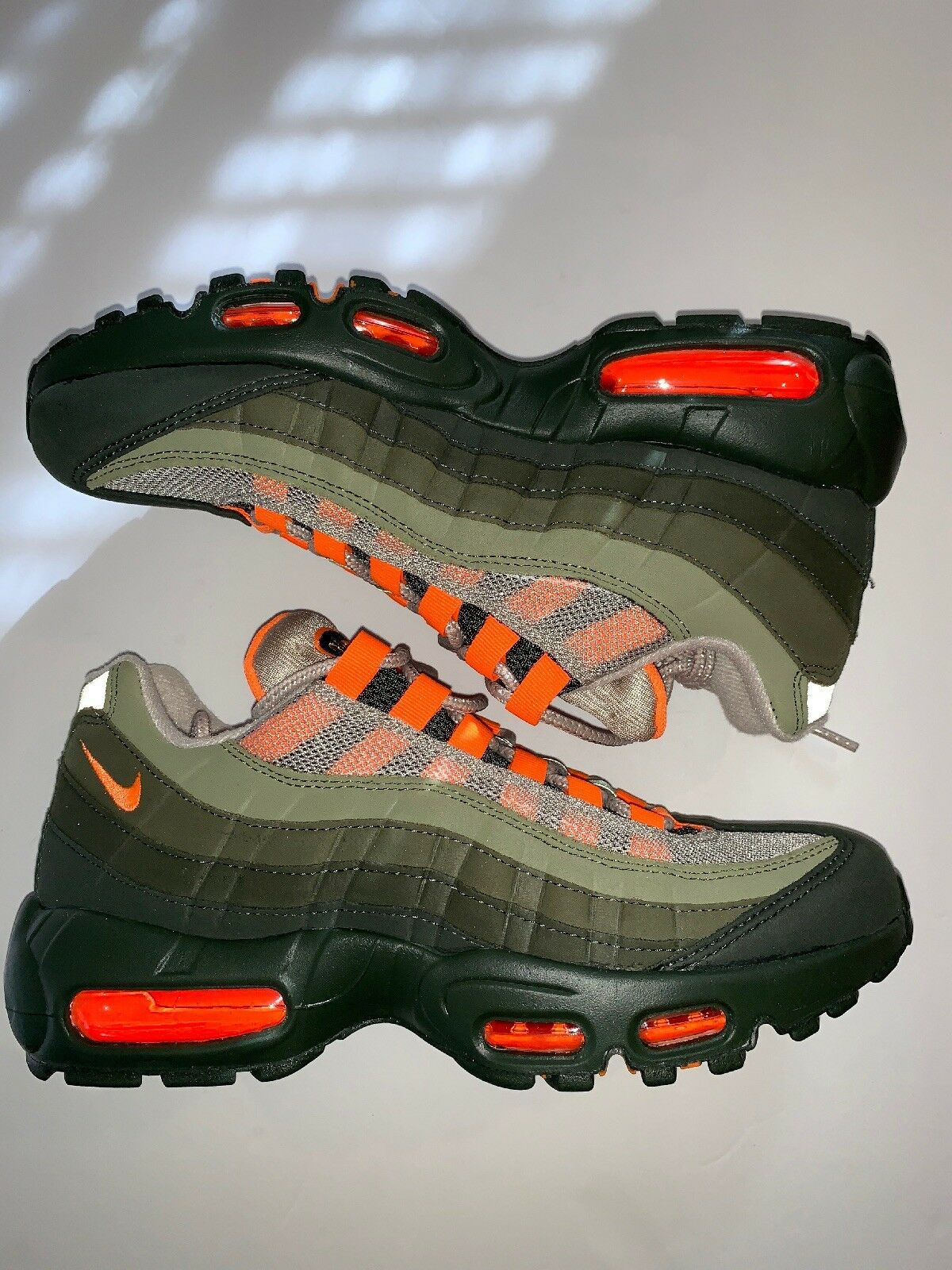 New Nike Air Max 95 OG Woman's sz 5 Neutral Olive orange Running shoes AT2865-200