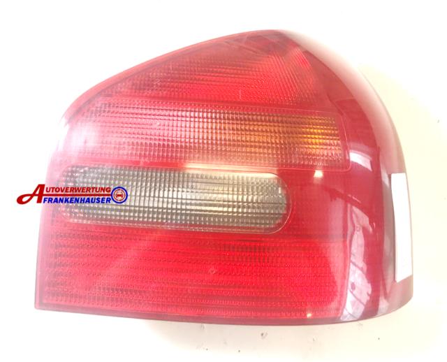 Audi A3 Rückleuchte Rücklicht Heckleuchte rechts Beifahrerseite 8L0945096