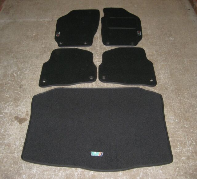 Car Mats in Black to fit Skoda Fabia (2000-06) + Boot Mat + VRS Logos + Fixings
