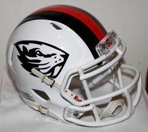 a46fe324 Details about 2017 Oregon State Beavers Custom Riddell Mini Helmet v Oregon