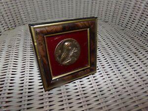 Cadre-Sainte-Therese-de-Lisieux-medaille