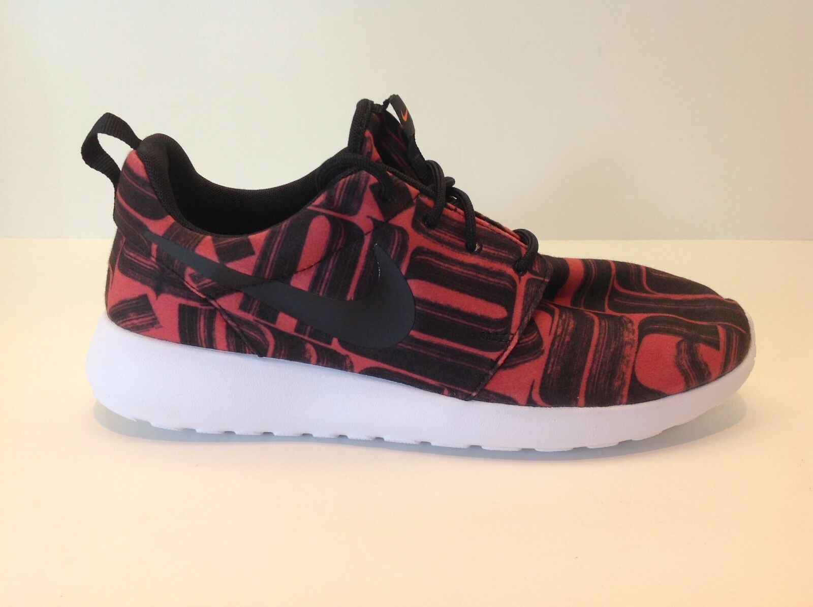 Nike Roshe One Print Women's Size 8-10 New in Box NO Top Lid 844958 800