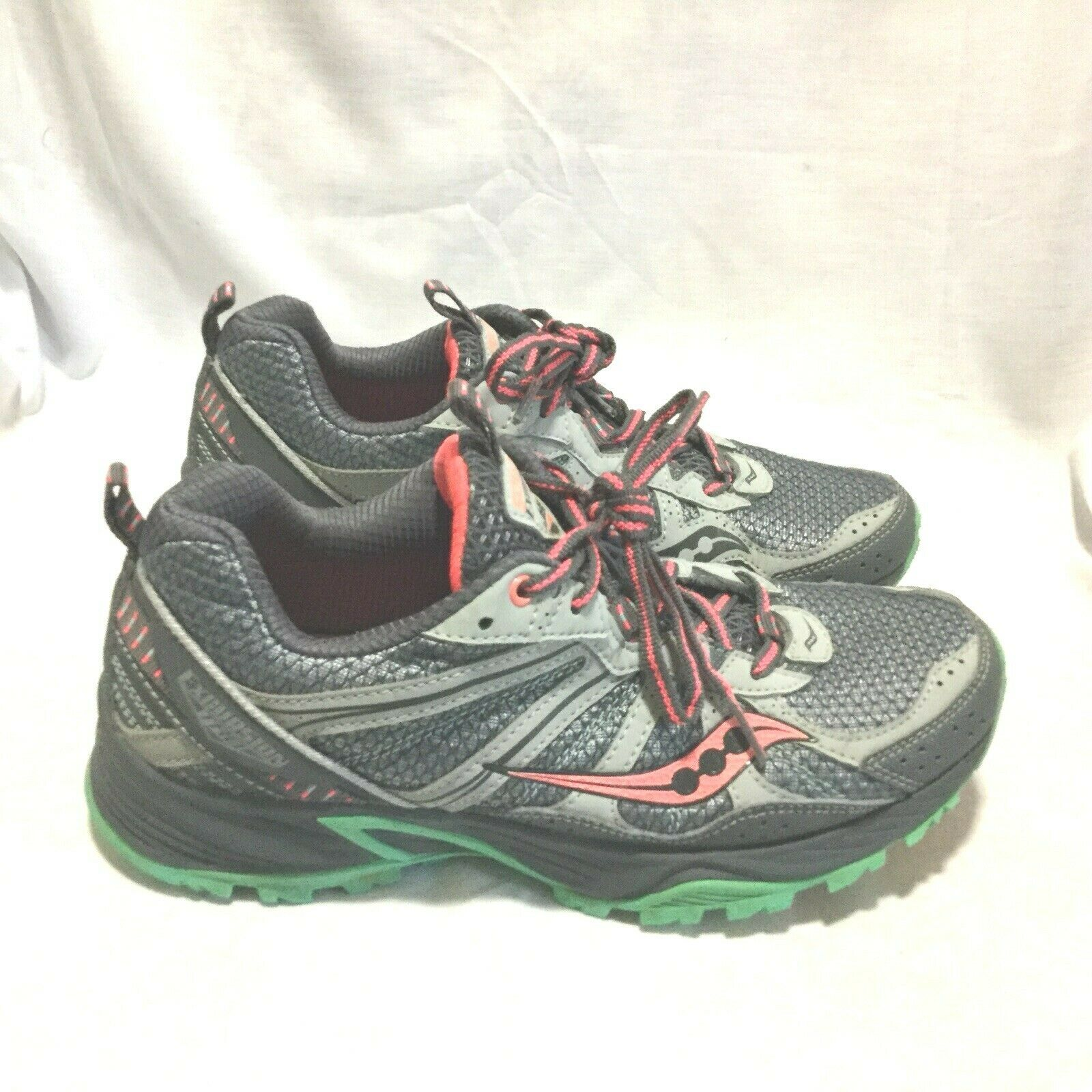 SAUCONY EXCURSION TR8 TRAIL RUNNING SHOES   MULTI COLOR ( SIZE 8 ) WOMEN'S